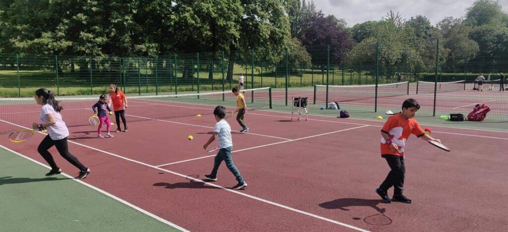 tennis coaching at Thornes Park